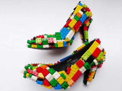 Lego-Shoes-by-nbsp-artist-Finn-Stone